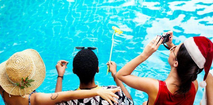 xmas-pool-2